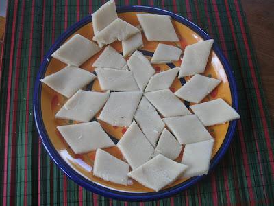 Kaju Katri ( Cashew nuts Burfi) Microwavable