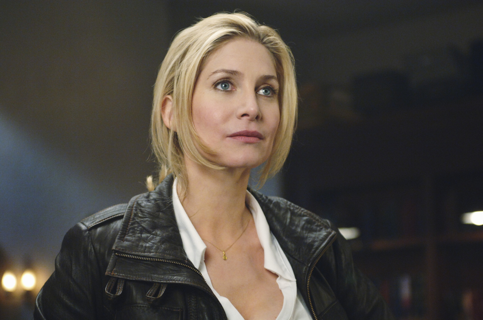 Elizabeth Mitchell Photos | Tv Series Posters and Cast
