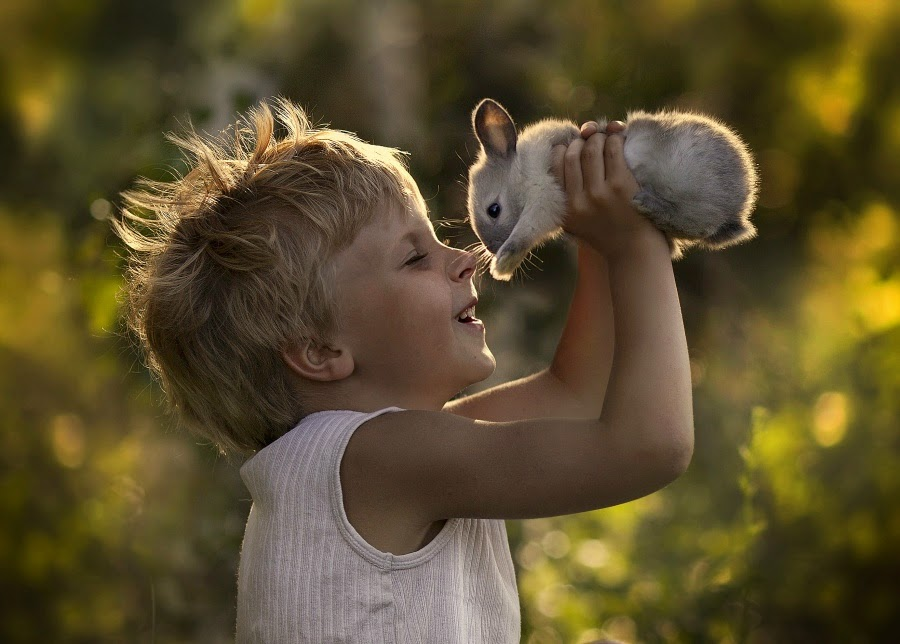 http://funkidos.com/pictures-world/babies-photos/happy-children-of-the-world