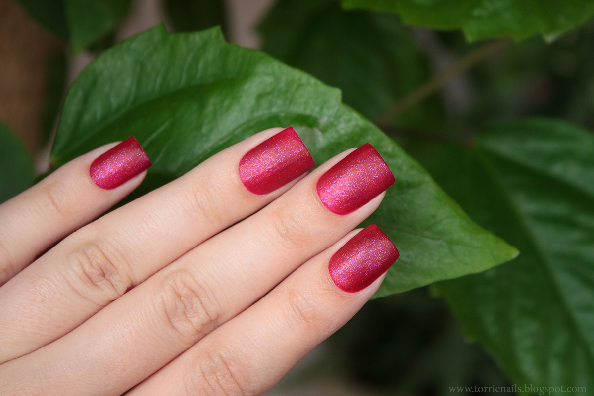 KBShimmer Every Nook and Cranberry