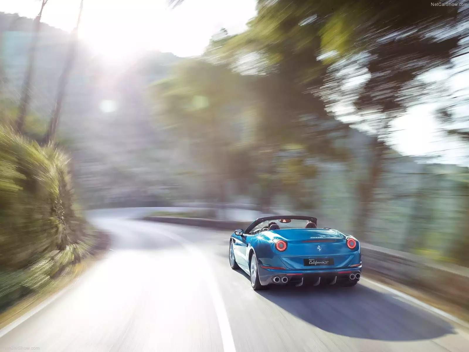 Hình ảnh siêu xe Ferrari California T 2015 & nội ngoại thất