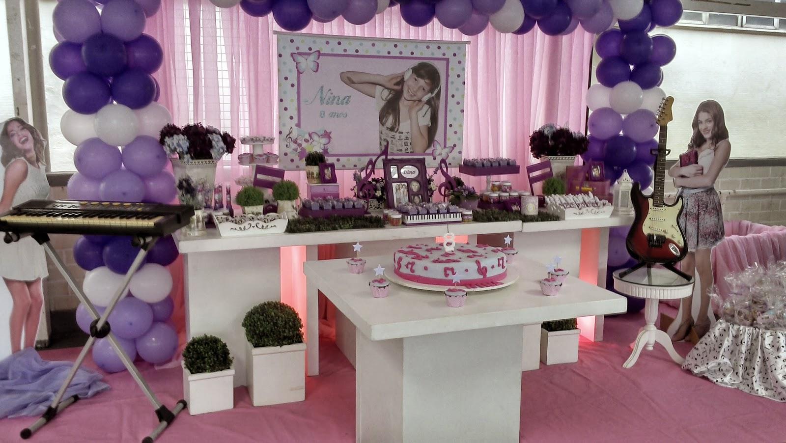 decoracao festa violeta:Decoração feita no Clube Militar do Jardim Botânico