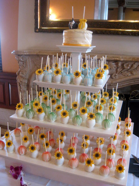 cake pop wedding displays