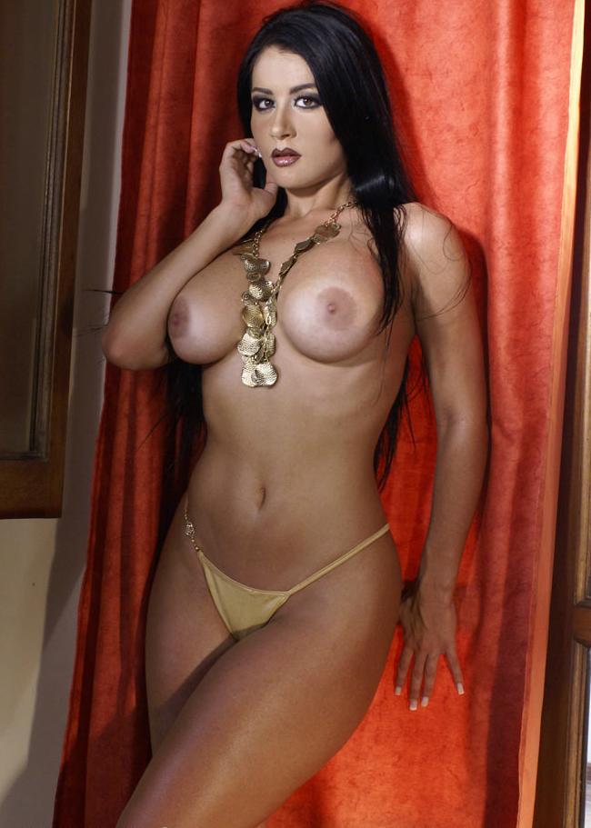 No Faltaba Mas Desnudita En La Revista Playboy