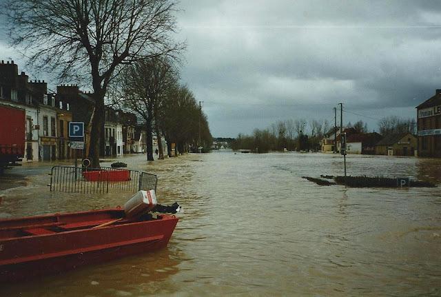 La Vilaine est en crue dans Redon