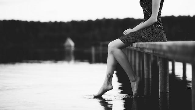 Girl Sitting Lake HD Wallpaper