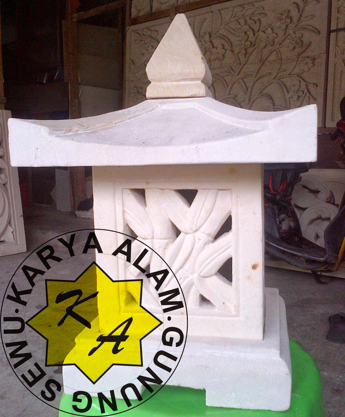 BATU UKIR LAMPION