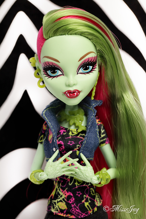 Venus Mcflytrap Doll monsterhighdail...