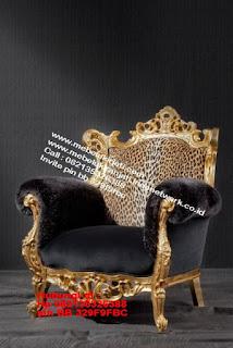 Toko mebel jati klasik jepara,sofa cat duco jepara furniture mebel duco jepara jual sofa set ruang tamu ukir sofa tamu klasik sofa tamu jati sofa tamu classic cat duco mebel jati duco jepara SFTM-44085