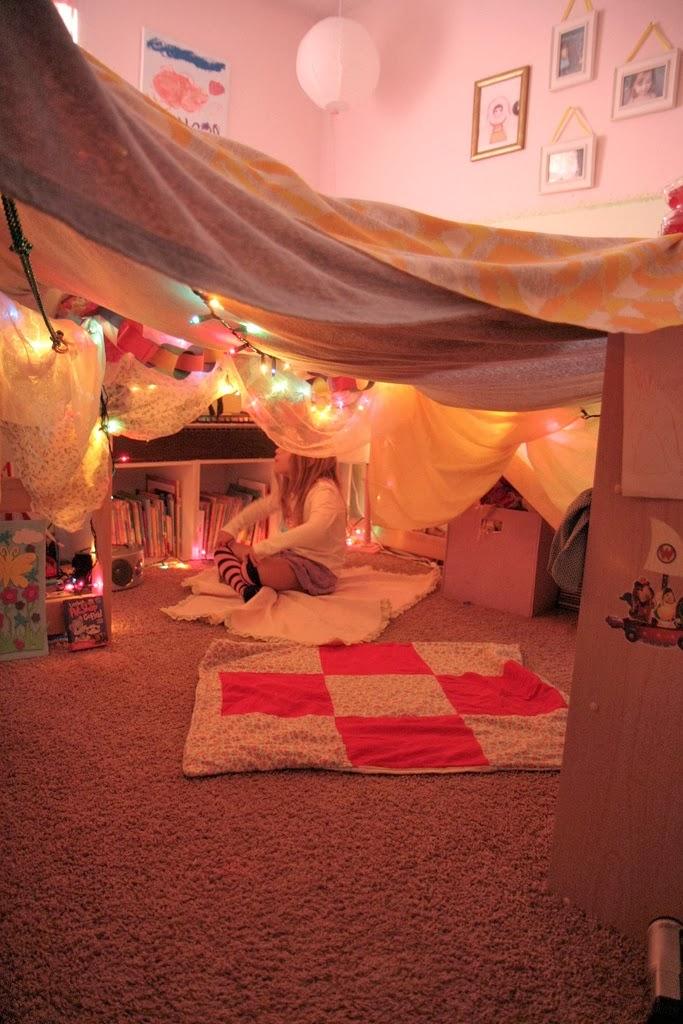 Pellmell cr ations souvenirs souvenirs la tente - Idees creatives chambres feront retomber en enfance ...