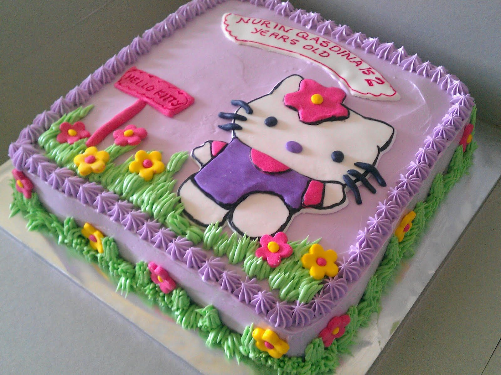 Zairie Homemade Delights Hello Kitty Birthday Cake