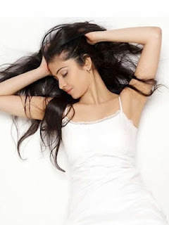 Vaishali on a white dress  (4).jpg