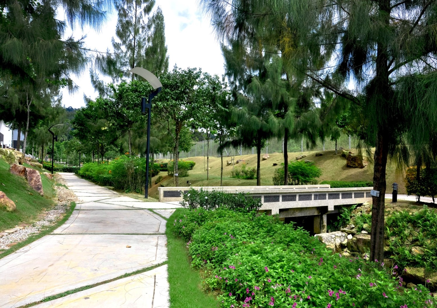 Aroma tropics phase 6 water way setia eco park for Institute of landscape architects