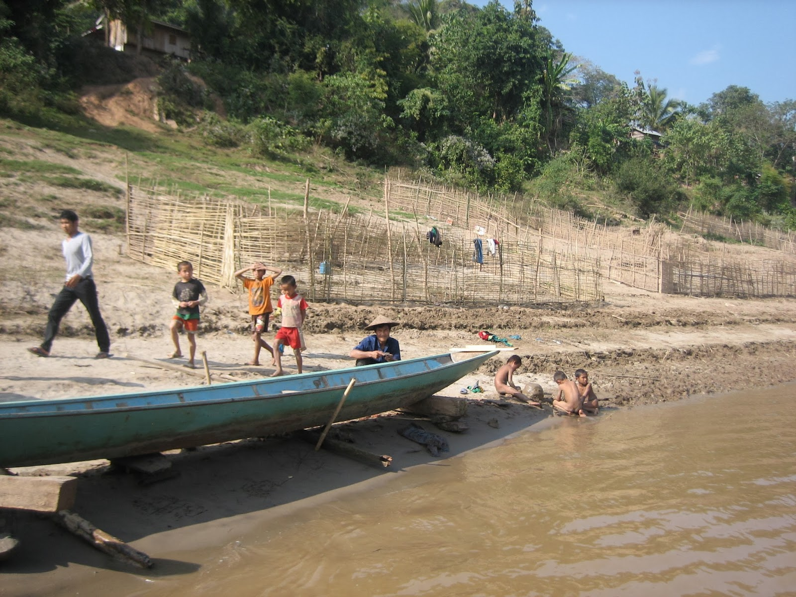mekong-river-laos-village