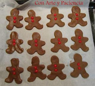 gingerbread,men,galletas,galletitas,jengibre,ginger,miel,dulces,cookies,caseras,navidad,grajeas,hombrecitos,