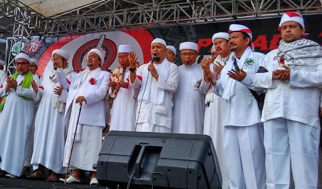 Wow ! Ratusan Ribu Umat dan Ormas Islam Meriahkan Parade Tauhid Indonesia