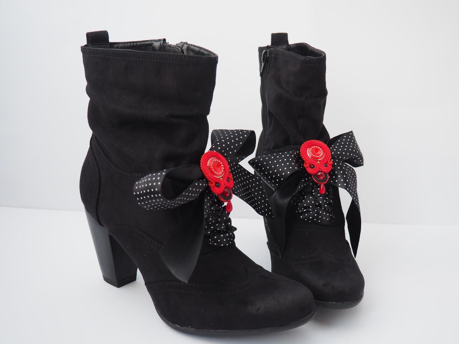 ankle boots, bows, brooch, Deichmann, man made, shoes, soutache, red, polka dot, vegan, Henderson's, Edinburgh, festive menu, pizza express, what vegans eat, what vegans wear, Tocha's World