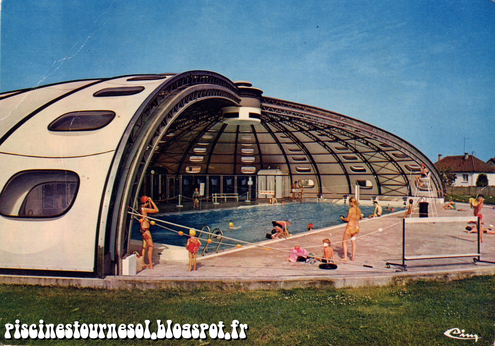 Piscines tournesol piscine tournesol formerie for Chatelaillon piscine