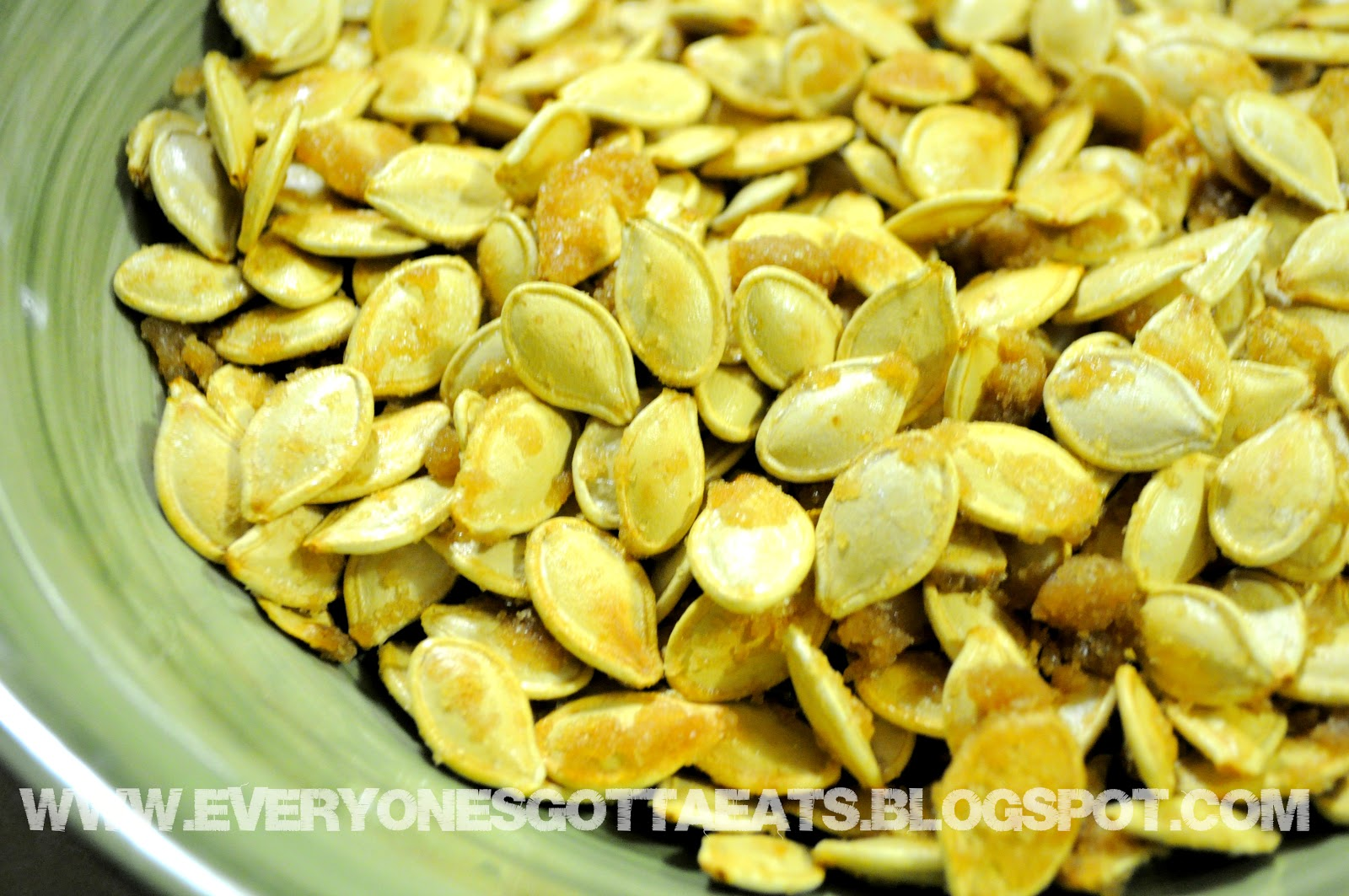 From Tamara's Kitchen...: Toasted Sweet & Salty Pumpkin Seeds