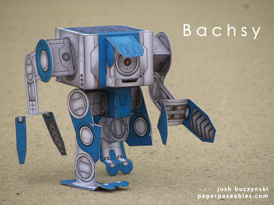 bachsy 01 Poseable papercraft robot
