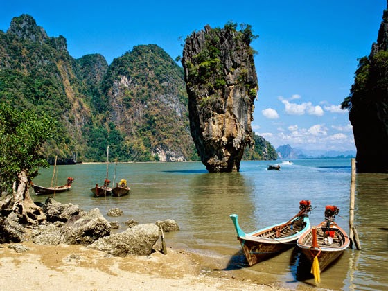 """""""James Bond Island"""" in Khao Phing Kan, Thailand"""