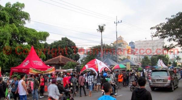 Ngabuburit dan Berburu Takjil di Soekarno-Hatta Kota Malang