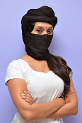 Priyanka Pallavi face covered Photos-thumbnail-14