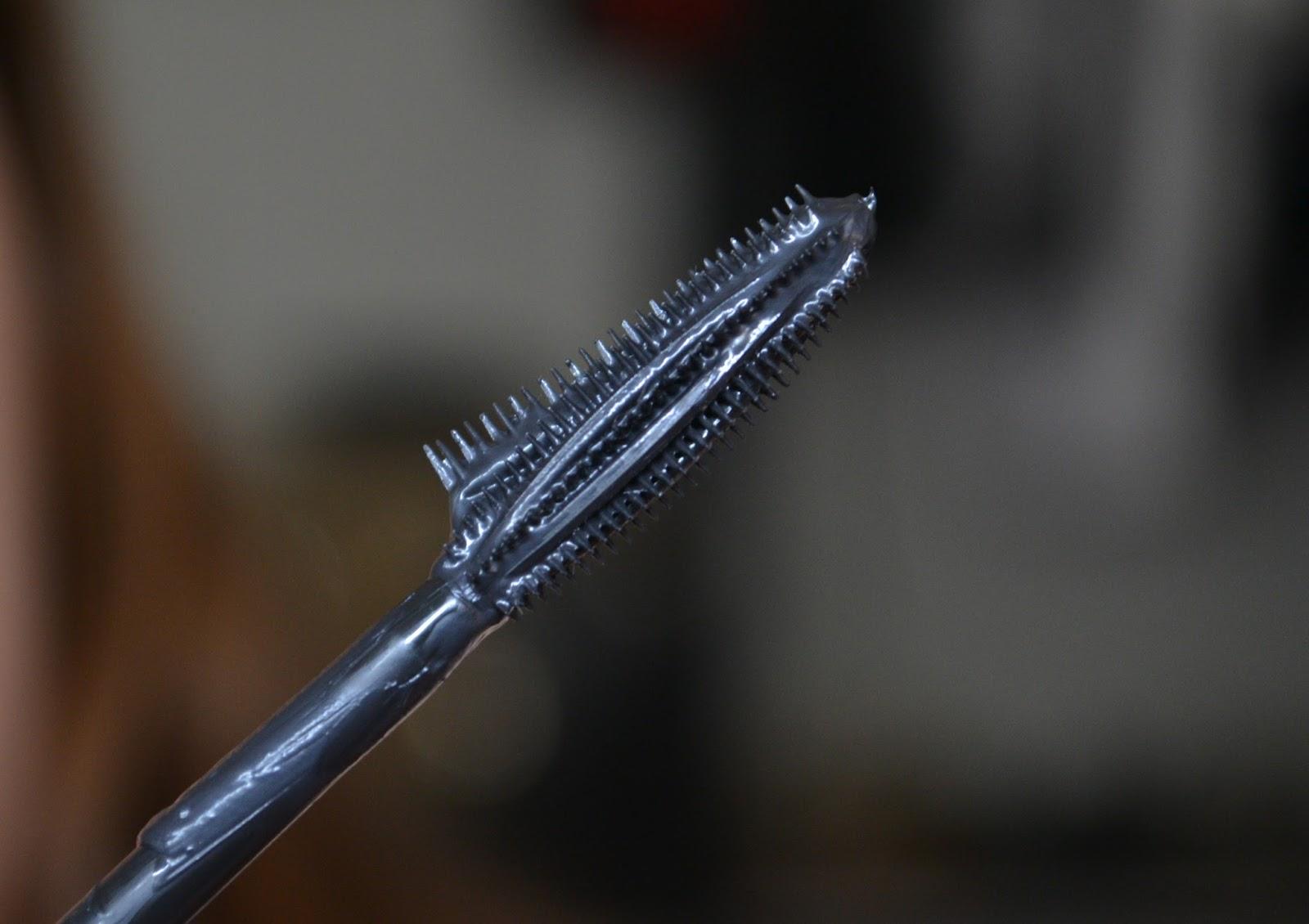 false lash wing mascara wand