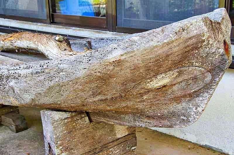 hand carved sabani boat