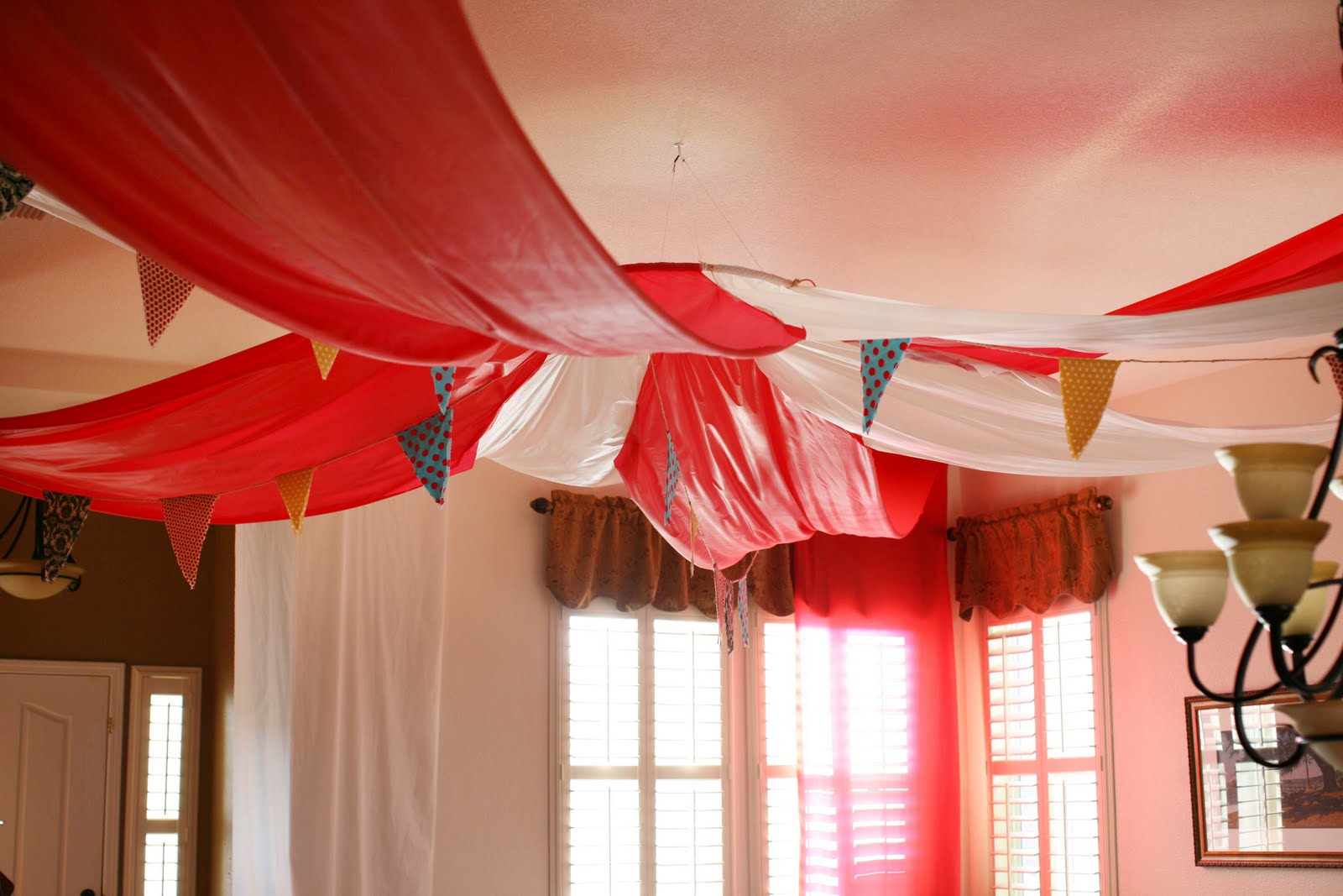 Circus Party Decoration Ideas