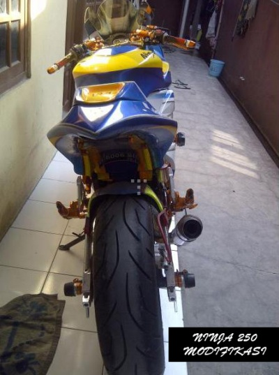 Modifikasi Ninja 250 Full Modif Airbrush title=