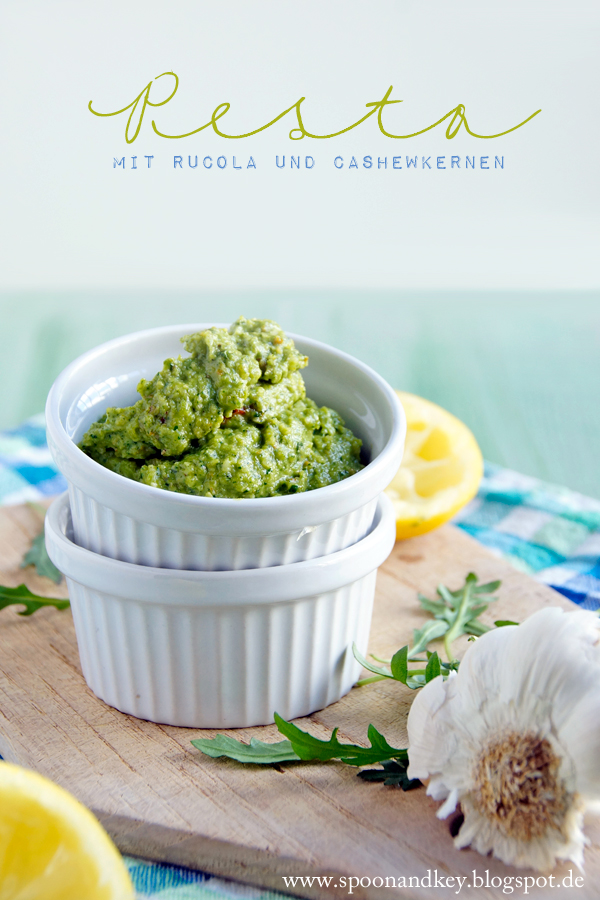 Rucola Pesto mit Cashewkernen Rezept spoon and key