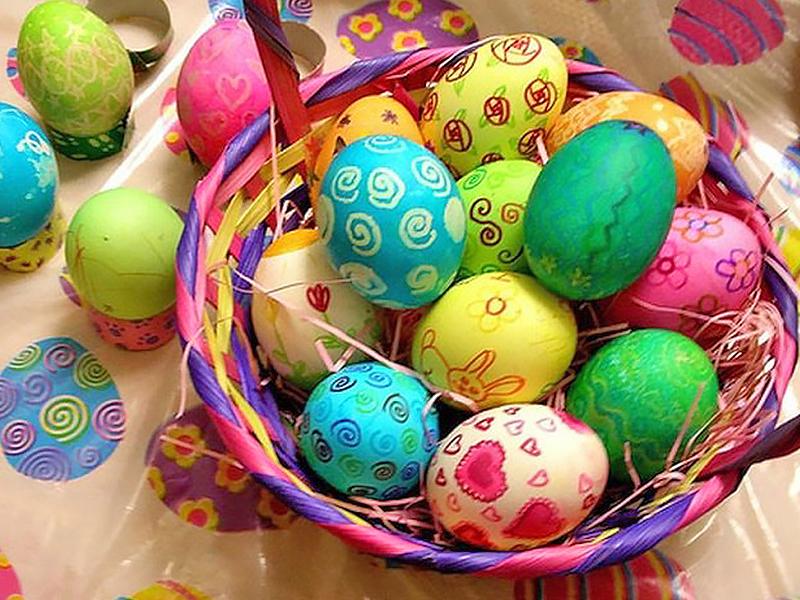 Le decorazioni pasquali levico in famiglia - Decorazioni uova pasquali per bambini ...