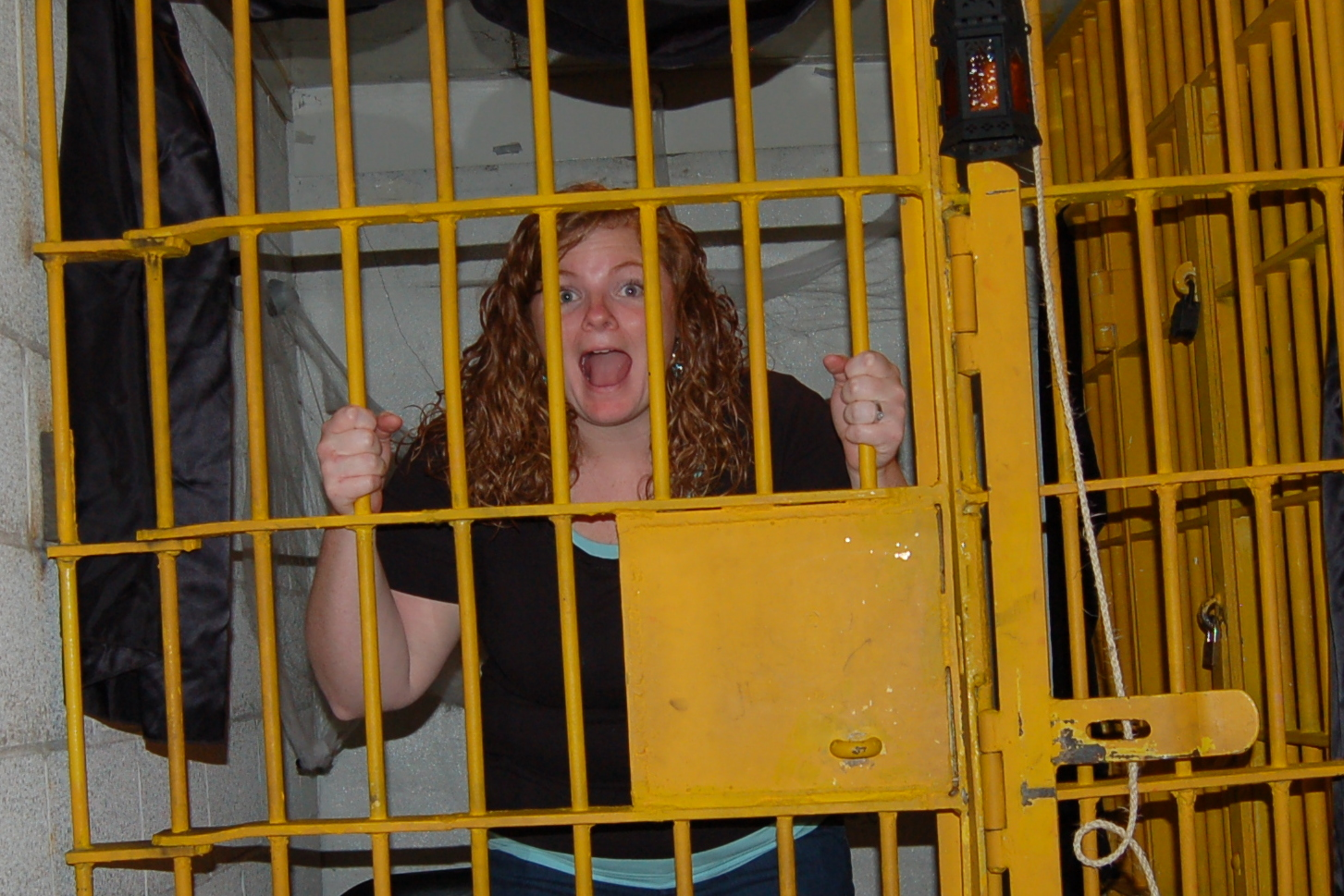 The gallery for --> Kids In Jail Cells