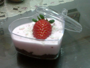 Cara Membuat Puding Marble Cheese Strawberry Segar