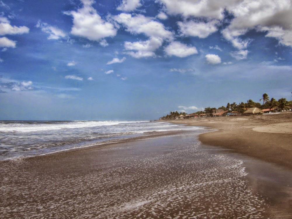 Playa-las-Peñitas