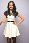 Jasmine Basin glam pics at Veeta Platinum disk-thumbnail-19