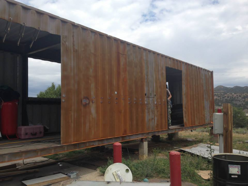 Shipping container homes 2 x shipping containers the for Building a house in colorado