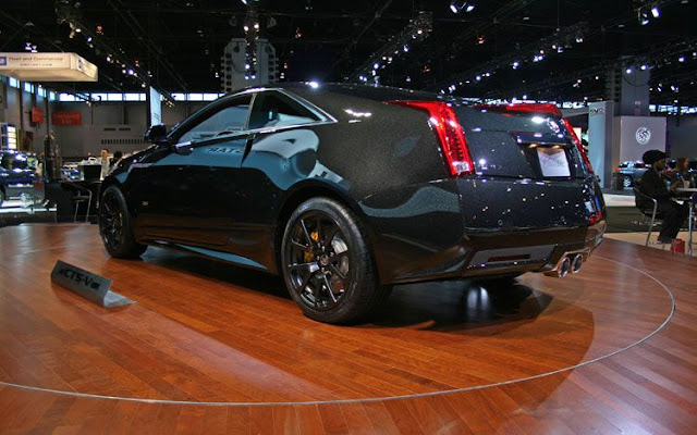 2011 cadillac CTS-V wagon black diamond edition rear three quarter view