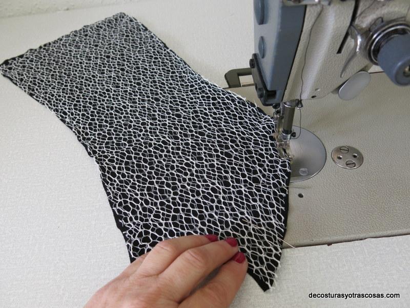 coser punto y encaje