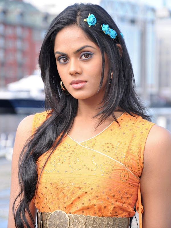 Karthika Latest Stills hot images