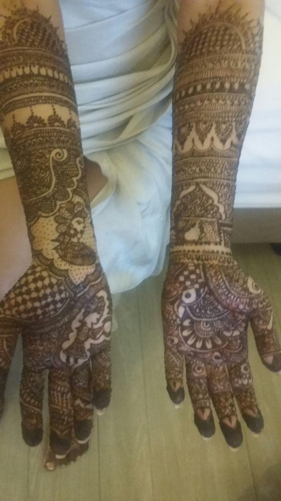 Rani Beautician Mehndi Henna Expert Mehndi Design
