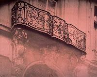 Balcon de l'hôtel de Chenizot 51 rue Saint-Louis-en-l'Ile à Paris, photo de Atget 1908
