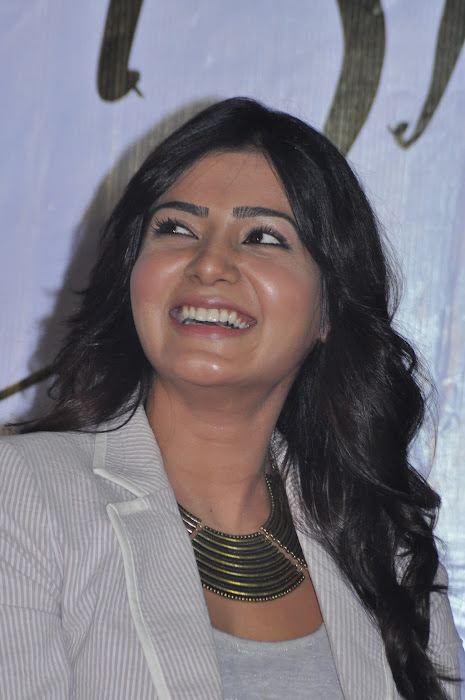 samantha new @ eega press meet photo gallery