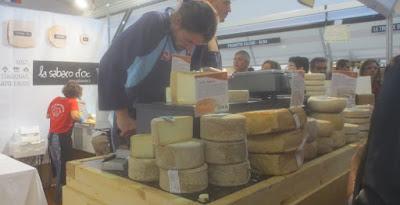 Käse - Trüffelmarkt Alba