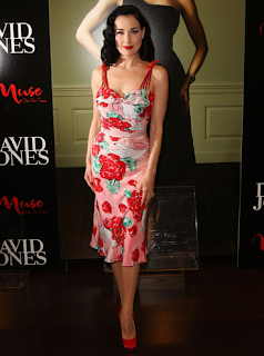 Dita_von_Teese_Bon_Bon_Dress