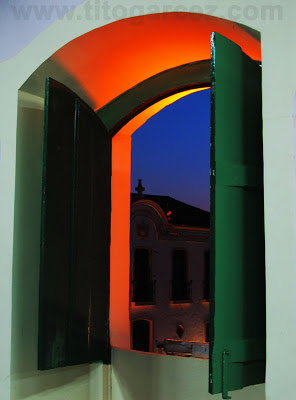 Detalhe da janela do Auditório do antigo Lar Imaculada Conceição, em São Cristóvão - Sergipe