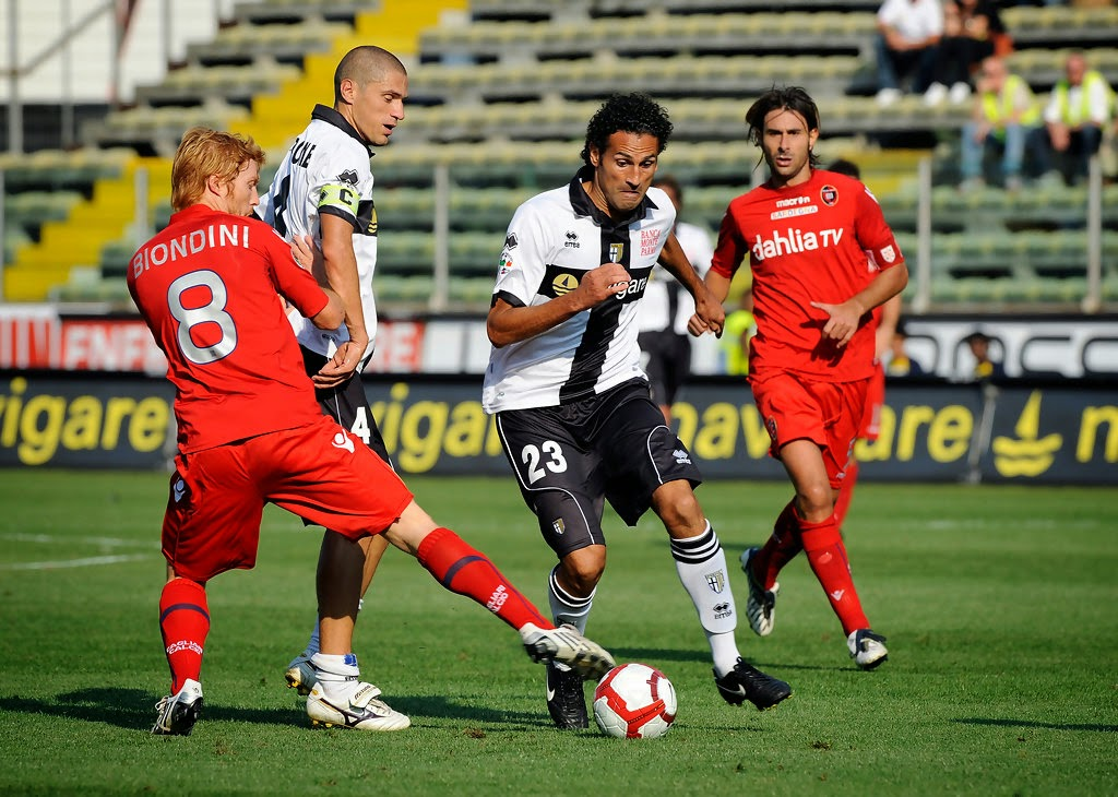 Soi kèo cá cược Cagliari vs Parma