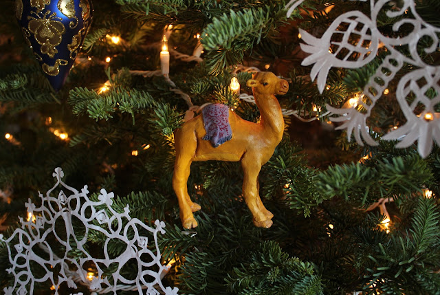 Christmas, holiday, tree, snowflakes, decorations, decor, noel, navidad, winter, lights, sparkle, ornament, camel, small, paper, animal, wise men, colourful,  figures, Christmastime, Weihnachten, interior, decor, art, handmade, joy, happiness, ornate, beautiful, handiwork, charm, photography, Sarah Myers, glass, fir, live