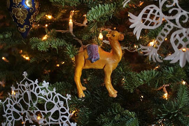 Christmas, holiday, tree, snowflakes, decorations, decor, noel, navidad, winter, lights, sparkle, ornament, camel, small, paper, animal, wise men, colourful,  figures, Christmastime, Weihnachten, interior, decor, art, handmade, joy, happiness, ornate, beautiful, handiwork, charm, photography, Sarah Myers, glass, fir, live